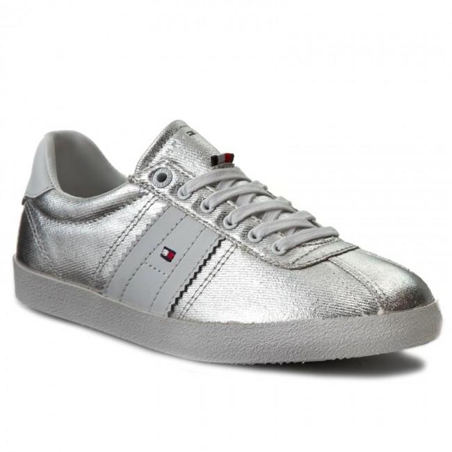 12760ec53b Sportcipő TOMMY HILFIGER - Lizzie 1D1 FW0FW00417 Silver 019 ...