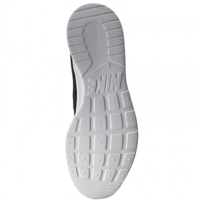 Cipők NIKE Tanjun 812654 011 BlackWhite Sneakers