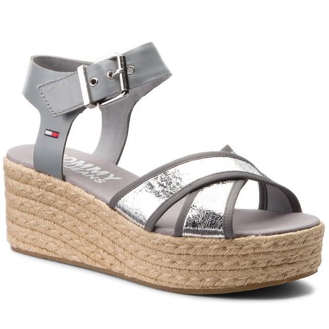 Espadrilles TOMMY JEANS - Metallic Flatform Sandal EN0EN00226 Silver ... 93cbe88c66