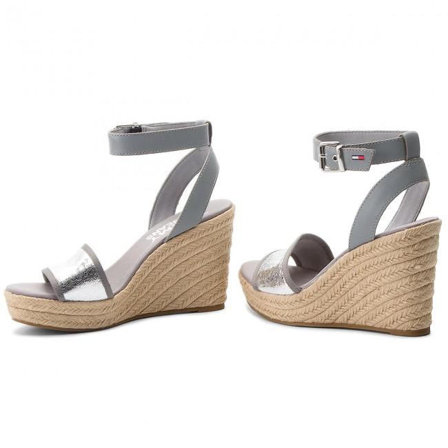 Espadrilles TOMMY JEANS - Metallic Wedge Sandal EN0EN00236 Silver ... 2768ad347b