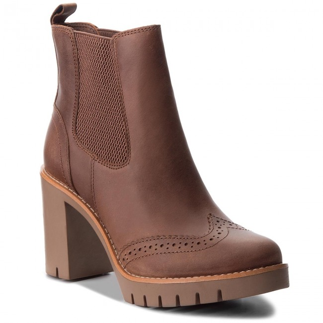Magasított cipő TOMMY HILFIGER - Casual Heeled Chelse FW0FW03058 ... 21cb91ea6b