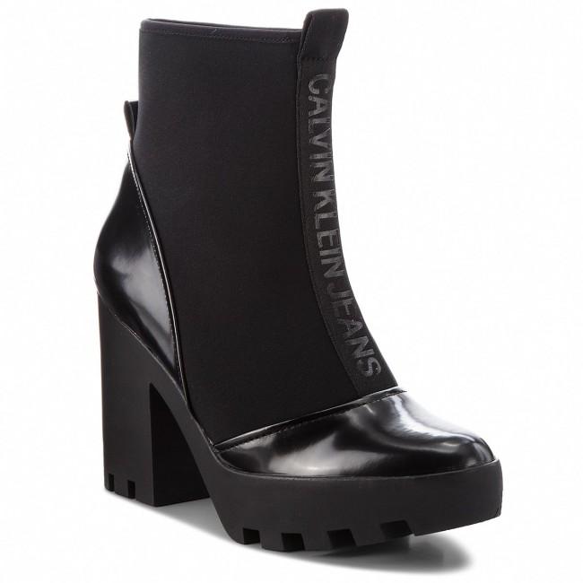 Magasított cipő CALVIN KLEIN JEANS - Stefania RE9763 Black ... 79b460de68
