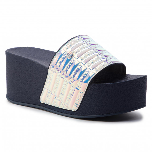 9ee8c7c67df2 Papucs TOMMY HILFIGER - High Pool Slide Shiny Iridescent FW0FW04059  Midnight 403