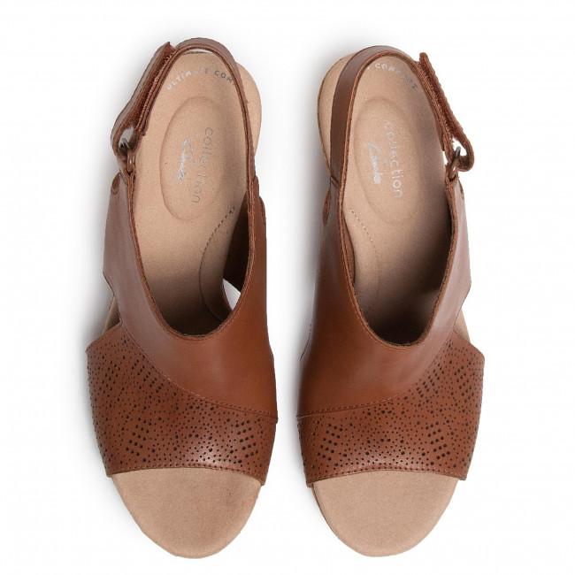 Szandál CLARKS - Lafley Joy 261483504 Tan - Magasított sarkú cipők - Papucsok és szandálok - Női XCoFM
