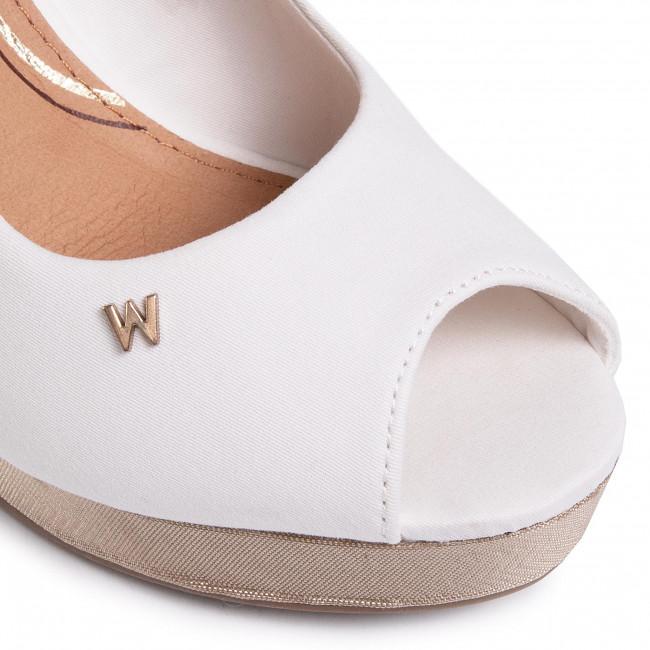 Szandál WRANGLER - Jazz Raval WL01521A White 051 - Magasított sarkú cipők - Papucsok és szandálok - Női RABos