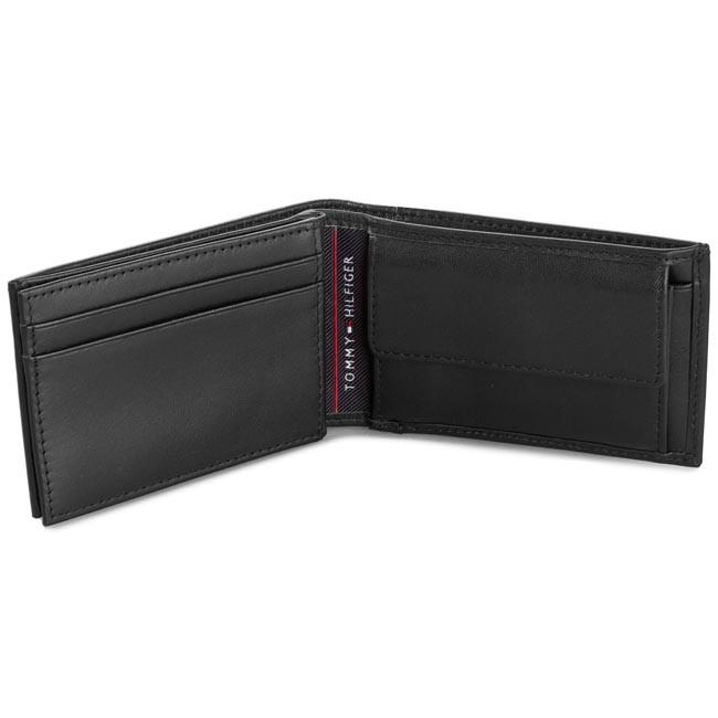 Kis férfi pénztárca TOMMY HILFIGER - Harry Mini Cc Flap Coin Pocket  BM56927566 Black 990 - Férfi pénztárcák - Pénztárcák - Bőrdíszműáruk -  Kiegészítők ... 3baf99d2f6