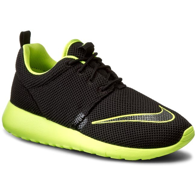 Cipők NIKE Roshe One Fb (GS) 810513 003 BlackVolt Fűzős