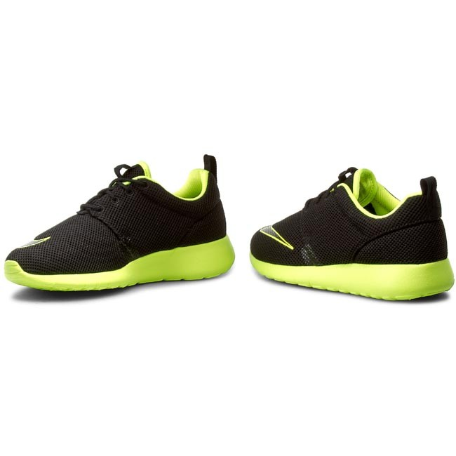 Cipők NIKE Roshe One Fb (GS) 810513 003 BlackVolt