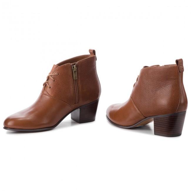 Magasított cipő CLARKS Maypearl Lucy 261361494 Dark Tan Leather