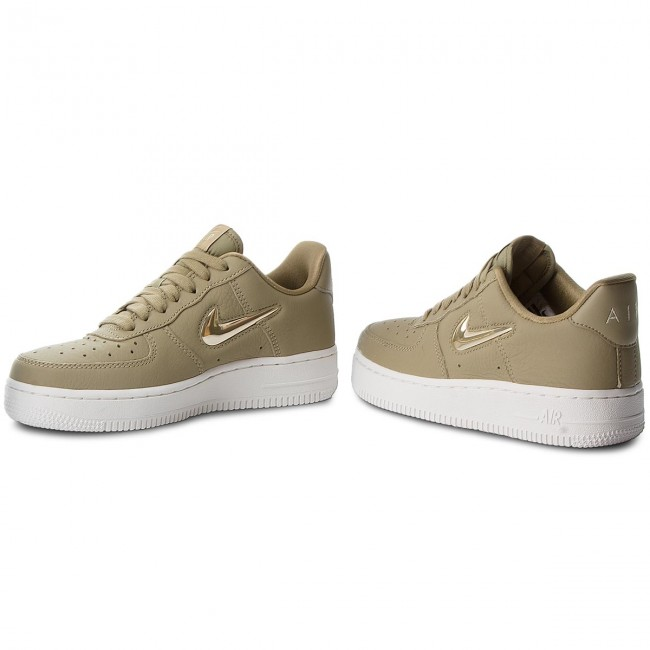 Cipő NIKE Air Force 1 '07 Prm Lx AO3814 200 Neutral OliveMtlc Gold Star