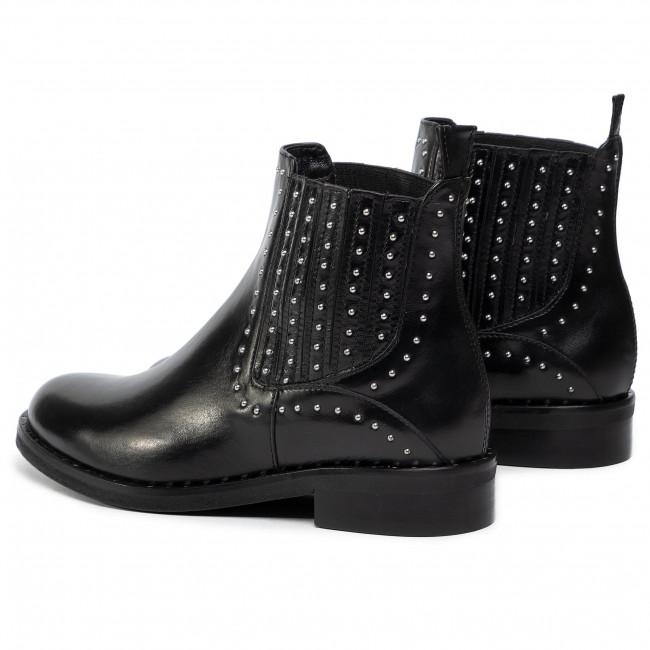 Magasított cipő SOLO FEMME 96704 02 I12000 52 00 Fekete