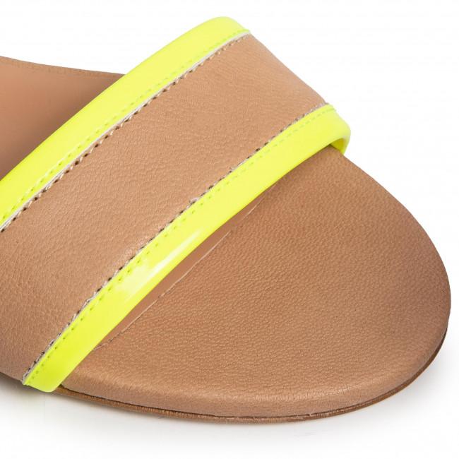 Szandál TWINSET - Sandalo 201TCP014 Bic.Desert/Gial 04827 - Hétköznapi szandálok - Szandálok - Papucsok és szandálok - Női 8sFCe8kH
