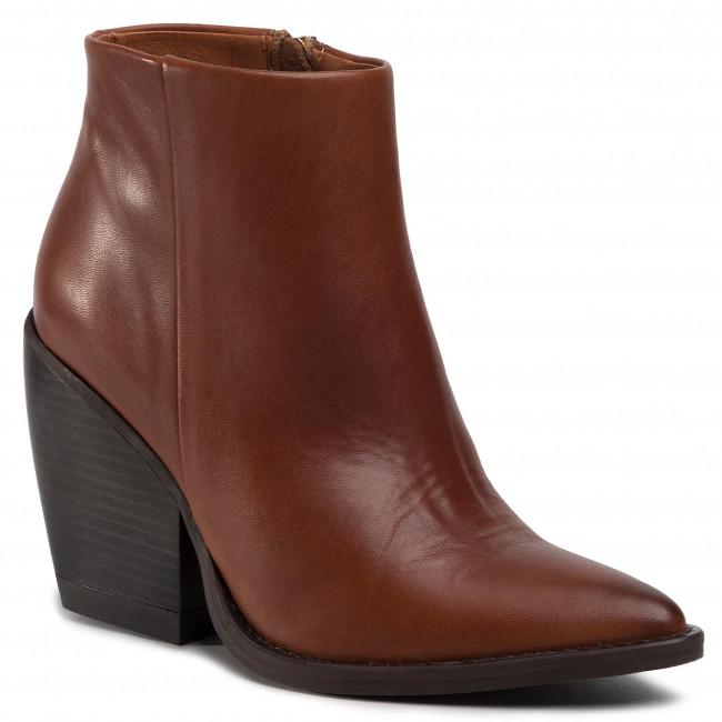 Magasított cipő CARINII B5155 N72 000 000 D49