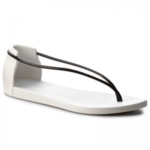 Szandál IPANEMA - Philippe Starck Thing N II Fem 82047 White Black 21364 63a0759bc0
