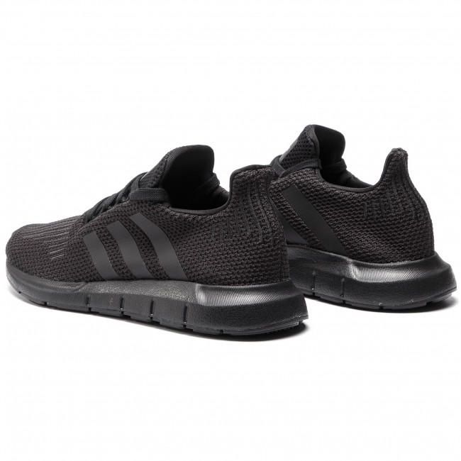 Cipő adidas - Swift Run AQ0863 CblackCblack/Ftwwht - Sneakers