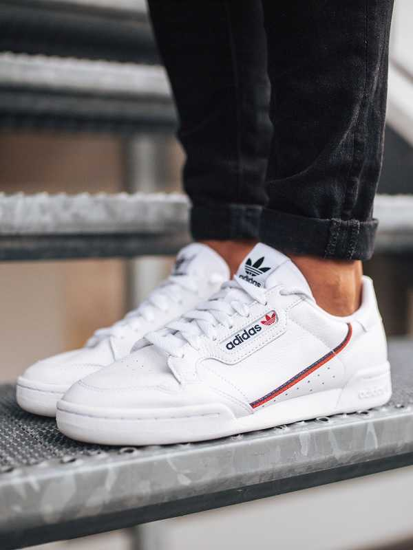 sportcipők