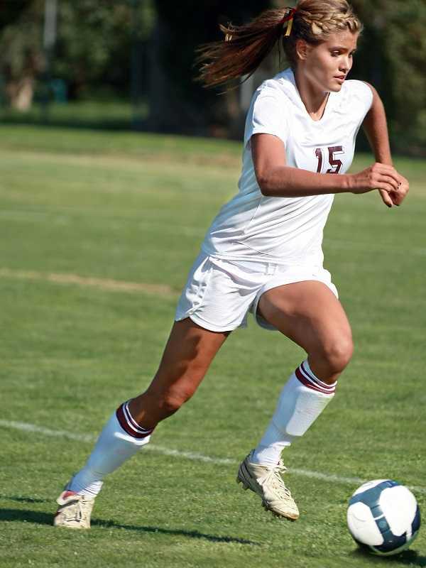 női focicipő